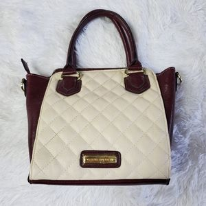 STEVE MADDEN CREAM & BURGUNDY QUILTED CROSSBODY